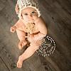 bambina con berrettino di lana